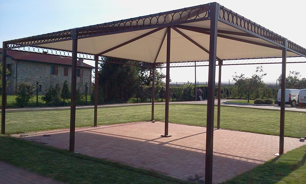 Gazebo in ferro da giardino tendasol for Gazebo da terrazzo