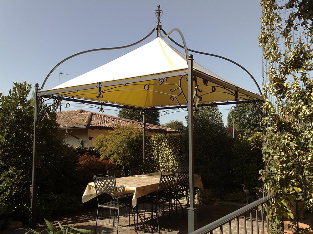 Pergole e coperture per esterno in ferro tendasol for Gazebo da terrazzo