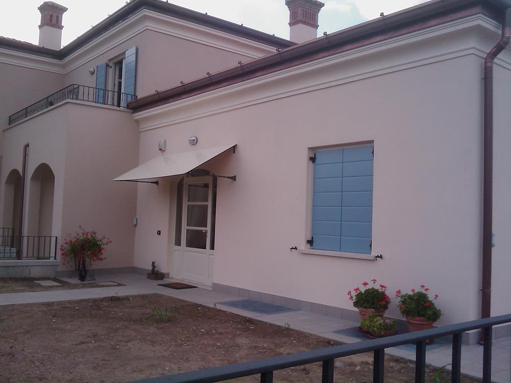 Pensiline in ferro per balcone tendasol - Tettoie per finestre ...