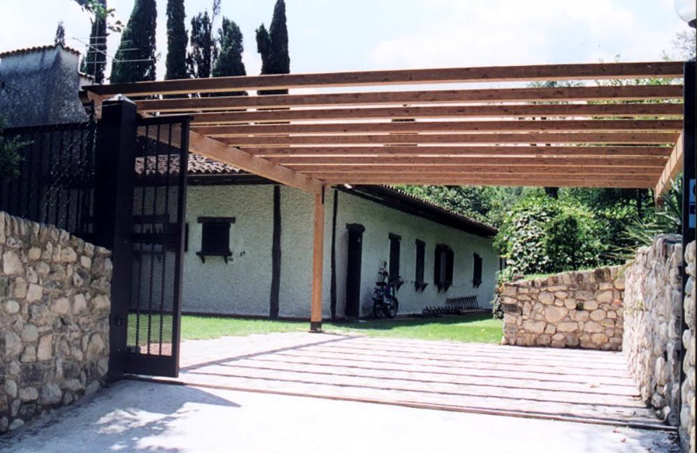 Pergole e Coperture per esterno in legno lamellare - Tendasol