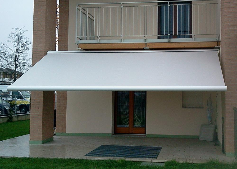 Tende a bracci tendasol brescia bergamo milano - Tende per finestre con cassonetto ...