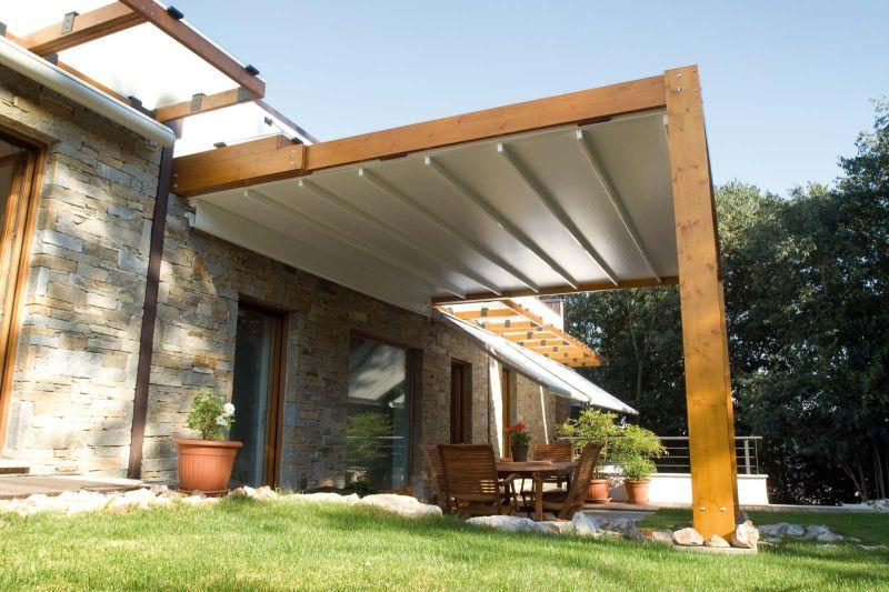 Copertura Pergole Tecnic Rialto per cortile e giardino