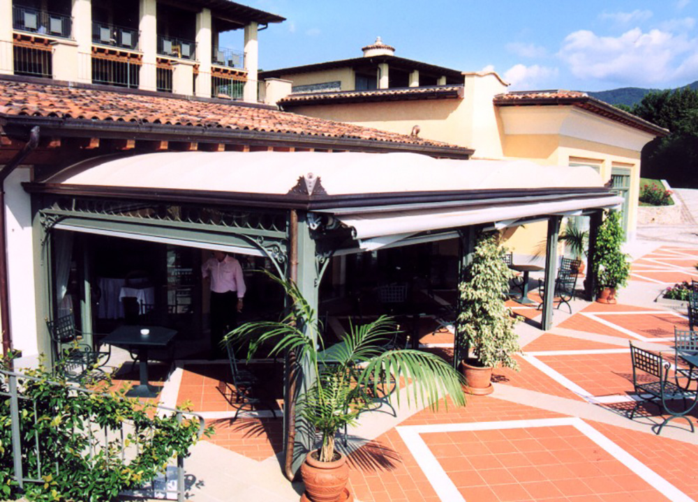 Galleria gazebo in ferro per ristoranti