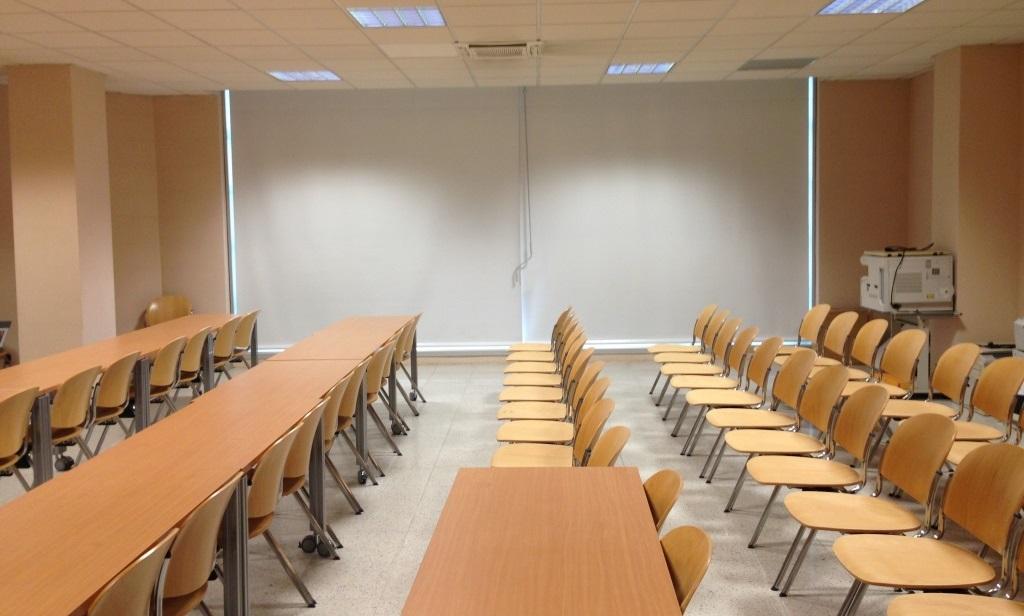 Tende a rullo per interno aule e sale riunioni
