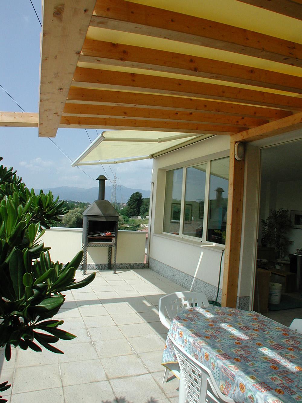 Tettoie per giardino in legno lamellare - Mobile terrazzo legno ...