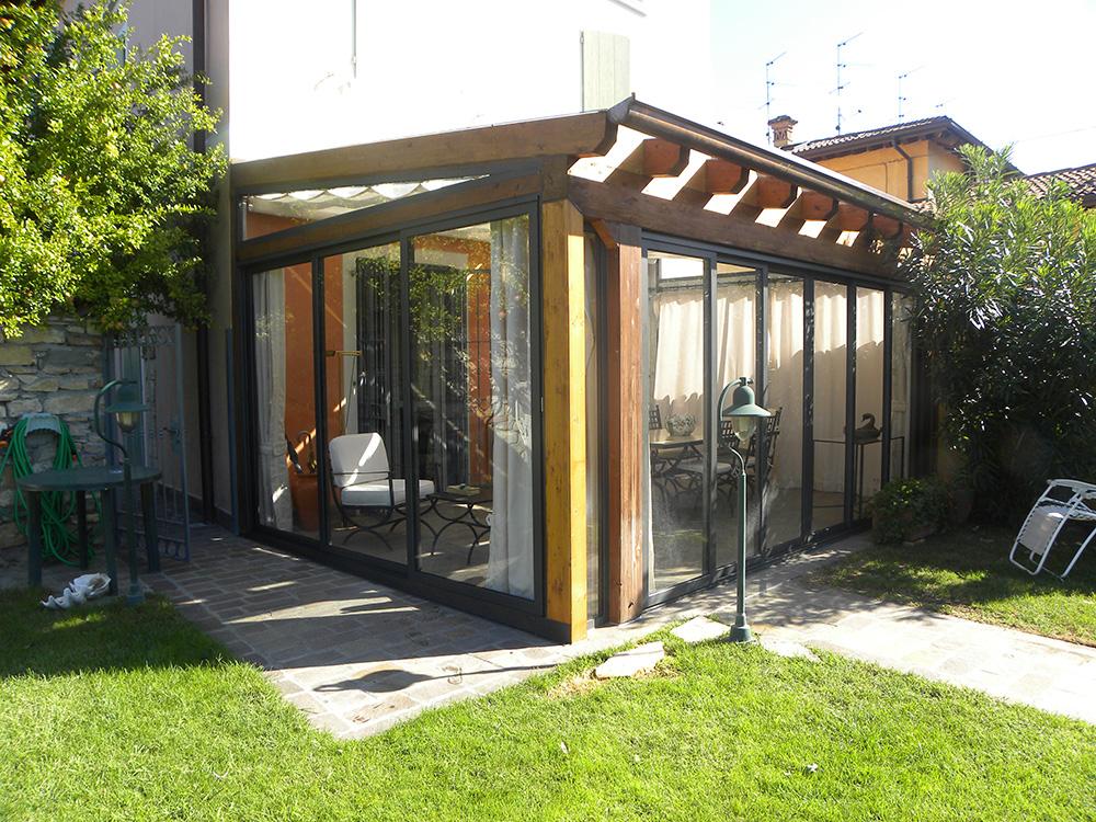 Verande in legno lamellare tendasol brescia bergamo for Case legno senza permesso